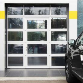 Панорамные ворота ALUTECH AluPro с калиткой 3500х3500 мм RAL 9006 серебристый металлик