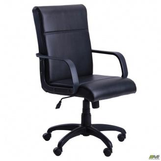Офісне крісло AMF Фаворит 1020-1150х450х440 мм пластик Скаде чорний
