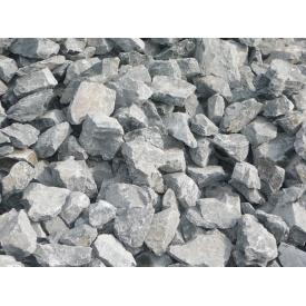 Бутовый рваный камень навалом