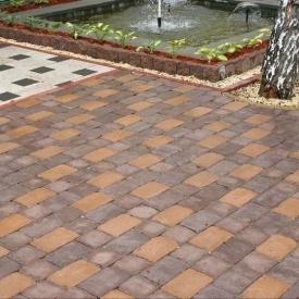 Тротуарна плитка Золотий Мандарин Цегла Антик 240х160х90 мм персиковий на сірому цементі
