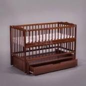 Дитяче дерев'яне ліжечко-манеж Дубок Веселка з маятником