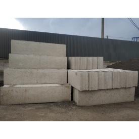Фундаментний блок 2,4x0,6x0,3 м