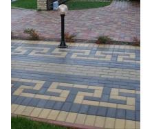 Тротуарна плитка Золотий Мандарин Цегла стандартна 200х100х60 мм на сірому цементі чорний