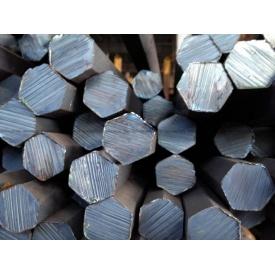 Шестигранник стальной горячекатанный № 25 мм ст 20 35 45 40Х длина от 3 до 6 м