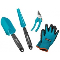 Комлекты садовых инструментов