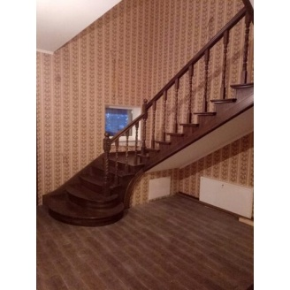 Виготовлення сходів з бетону обкладеного ясеном
