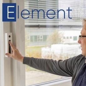 Окно KÖMMERLING 76 AD с автоматическим проветриванием и управлением на сенсорной панели