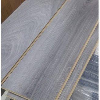 Ламинат Дуб Канова 002 серый