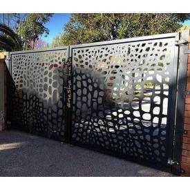 Ворота з декоративною вставкою VD2