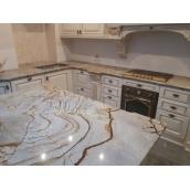 Кухонна стільниця з граніту