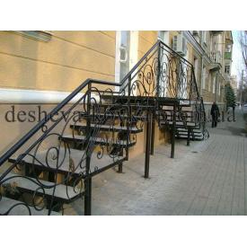 Лестница с коваными элементами Код С-0122 дешевый КОВКА