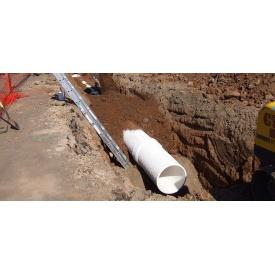 Прокладка трубопроводов канализации из полиэтиленовых труб