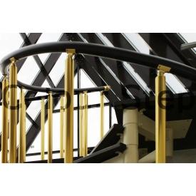 Огородження для сходів з металевих балясин і перил