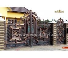 Ковані ворота розпашні закриті з хвірткою