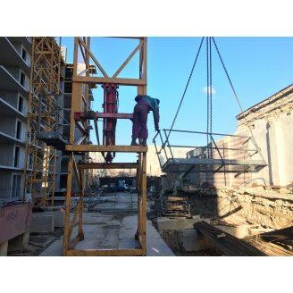 Оренда монтажної стійки для нарощування секцій башти 120НС висота 2,5 м 5 м баштового крану Liebherr