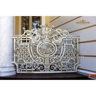Коване огородження балкону пряме кольору слонової кістки А3109
