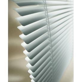 Жалюзи горизонтальные алюминиевые белые