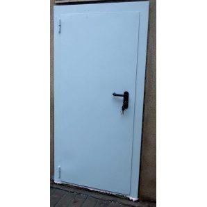Утепленная дверь ПромТехноКом металлическая 2050х900 мм