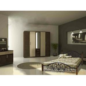 Ліжко Жозефіна з дерев'яними ніжками 140х190