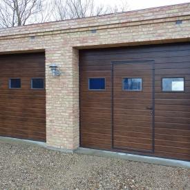 Автоматические секционные гаражные ворота с калиткой ALUTECH Prestige 3000×2250 мм