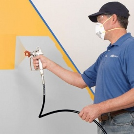 Покраска стен пулівізатором