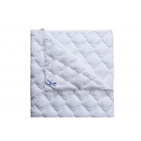 Одеяло Нина со спальным размером 140x205