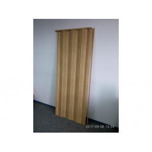 Міжкімнатні двері гармошка глухі 81х203 Бук