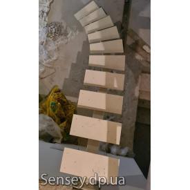 Металлическая монорельсовая лестница под заказ