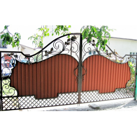 Ворота с листочками и профнастилом Legran