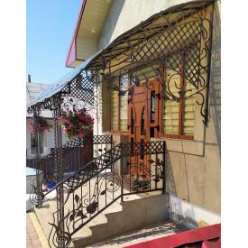 Перила кованые фасадные для частного дома Legran