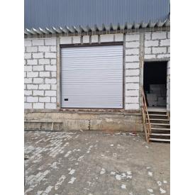 Ворота секционные промышленные Ryterna 3000х3000 вагонка серебристые