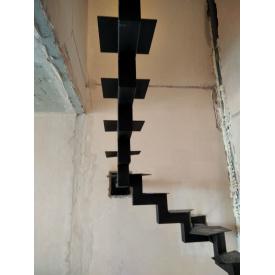 Лестница металлический каркас профиль 80х80