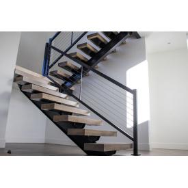 Лестница металлическая на монокосоуре ЛМ-003