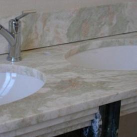 Столешница мраморная для ванной комнаты