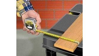 Інструменти для розмітки і фіксації деревини