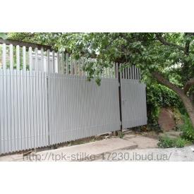 Огорожа з металевого паркану