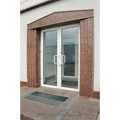 Двері вхідні скляні з алюмінієвого профілю