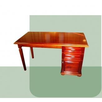 Письмовий стіл дерев'яний