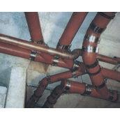 Установка чавунної труби каналізації 100 мм