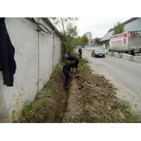 Ручная копка грунта для строительных работ