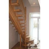 Лестница из дерева премиум
