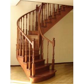 Изготовление лестниц из ясеня