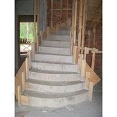 Обшивка лестницы по бетону деревом