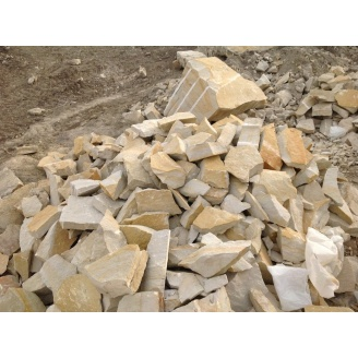Бутовый камень из песчаника Русавского месторождения M100 F25