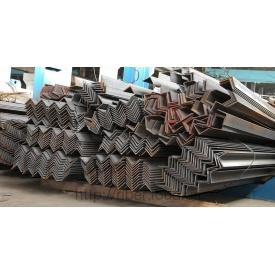 Металлический уголок равнополочный 35х35х3 мм