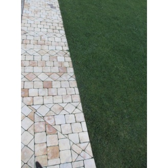 Брусчатка из песчаника 100х100х40 мм песочная с рижинкой