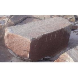 Блоки гранітні Лезниківського родовища червоні