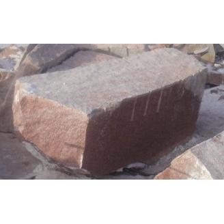 Блоки гранитные Лезниковского месторождения красные