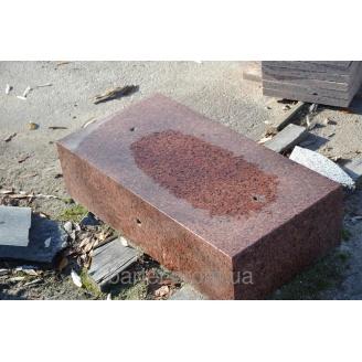 Бордюр ГП-1 из гранита красных оттенков