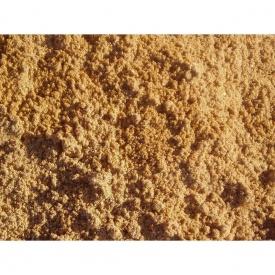 Пісок яружний фракція 1,6 мм насипом